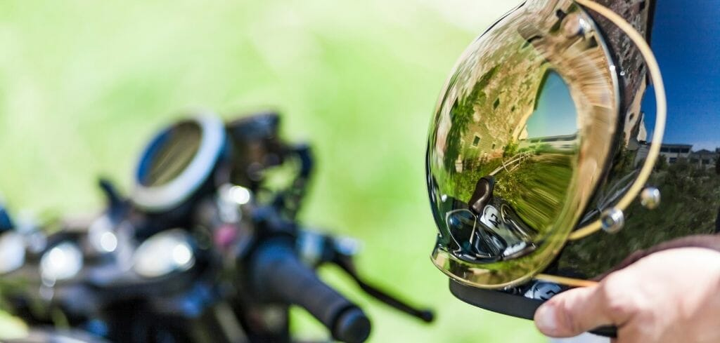 7 Most popular Cafe Racer Helmets 2021 (+ Review)
