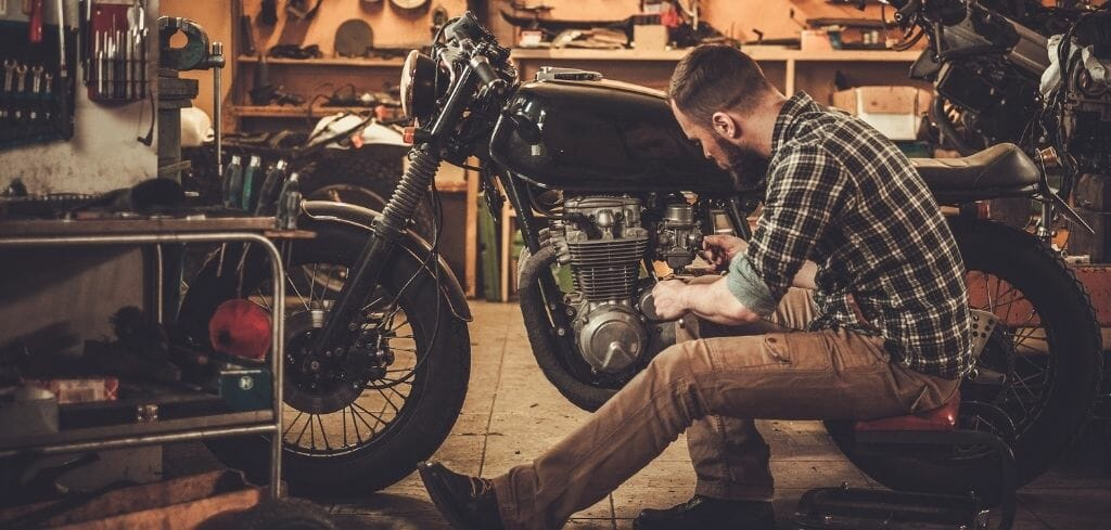How long does it take to build a Cafe Racer?